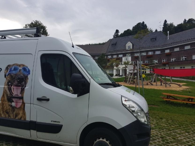 Trocknung Wasserschaden in Klinikgebäude in Scheidegg